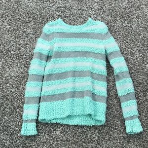 Sweaters - Knit sweater